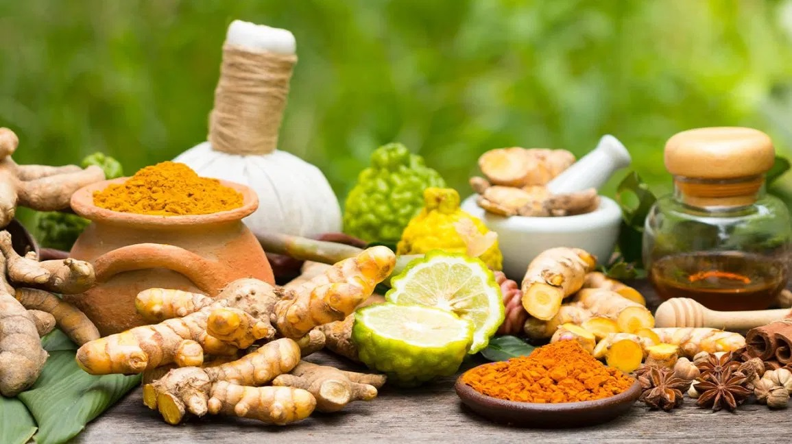 5 Best Ayurvedic Products for Healing The Skin Naturally